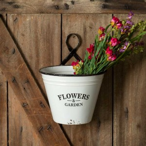 Flowers & Garden Wall Planter