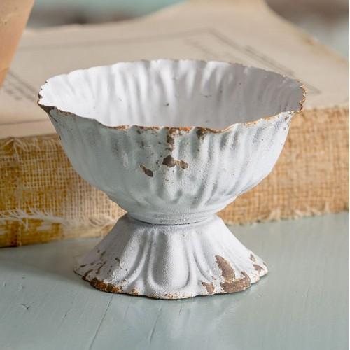 Mini Scalloped Cup