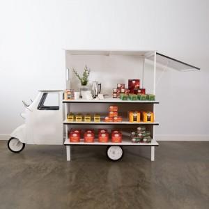 Piaggio Display Cart