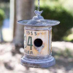 Round License Plate Hanging Birdhouse