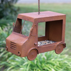 Rusty Ice Cream Truck Birdfeeder