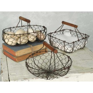 Set Of Three Chicken Wire Baskets